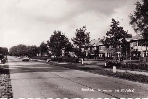 Dolphia 1950~, Gronausestraat